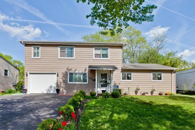 301 Greenbrier Lane, Vernon Hills, IL 60061 (MLS #10383898) :: Berkshire Hathaway HomeServices Snyder Real Estate