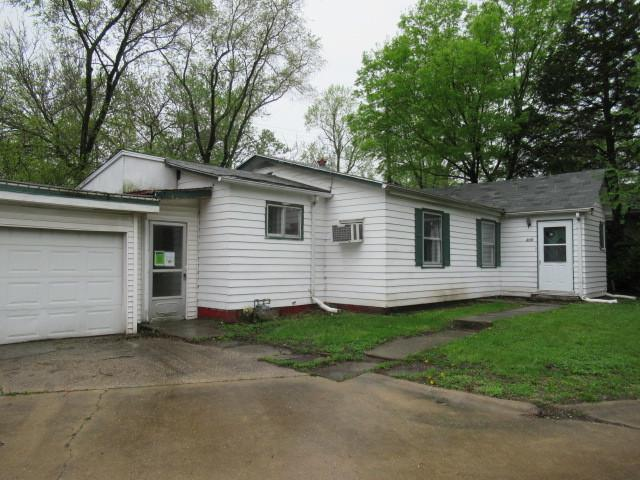 415 Bloomington Road, Champaign, IL 61820 (MLS #10383967) :: Berkshire Hathaway HomeServices Snyder Real Estate