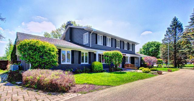400 Sans Souci Drive, Aurora, IL 60506 (MLS #10384061) :: Property Consultants Realty
