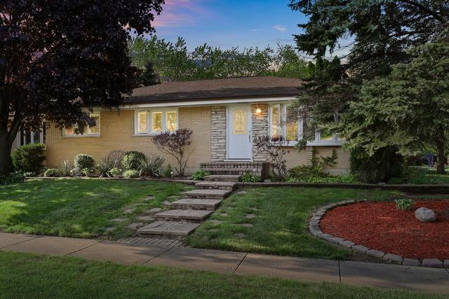 760 Sunnyside Road, Roselle, IL 60172 (MLS #10384193) :: Berkshire Hathaway HomeServices Snyder Real Estate