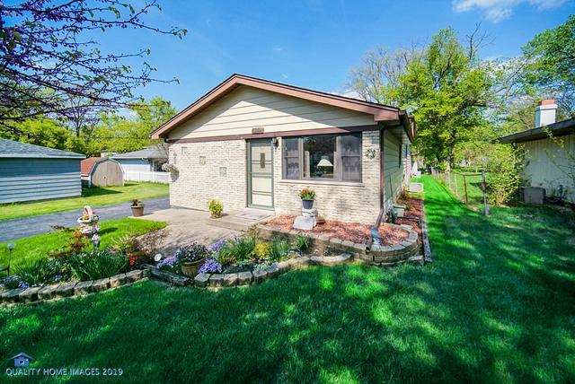 15611 Leclaire Avenue, Oak Forest, IL 60452 (MLS #10384258) :: Century 21 Affiliated