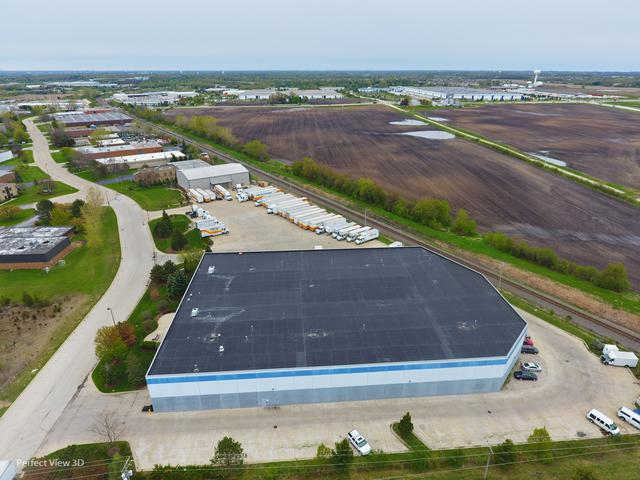 1943 Industrial Drive, Libertyville, IL 60048 (MLS #10384311) :: Helen Oliveri Real Estate