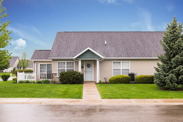 2104 Waterbury Lane E #2104, Sycamore, IL 60178 (MLS #10384422) :: Property Consultants Realty