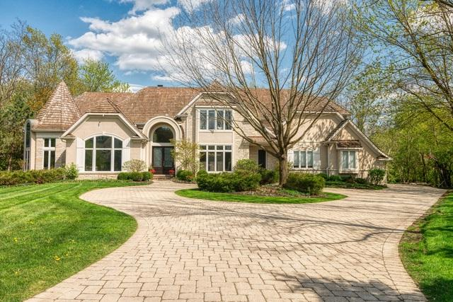 111 Covington Court, Oak Brook, IL 60523 (MLS #10384437) :: Berkshire Hathaway HomeServices Snyder Real Estate