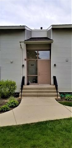 941 Commonwealth Court #2, Vernon Hills, IL 60061 (MLS #10384467) :: Helen Oliveri Real Estate