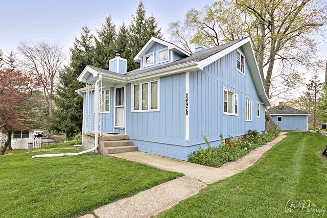24978 W Elm Avenue, Lake Villa, IL 60046 (MLS #10384511) :: Berkshire Hathaway HomeServices Snyder Real Estate