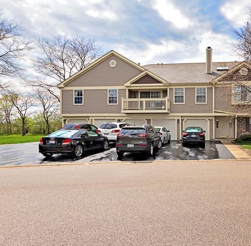 1264 Bradwell Lane E, Mundelein, IL 60060 (MLS #10384548) :: Berkshire Hathaway HomeServices Snyder Real Estate
