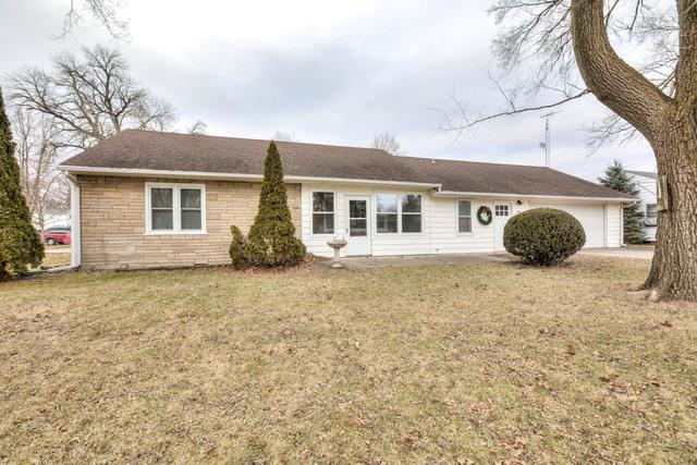 404 E 4th Street, Gibson City, IL 60936 (MLS #10384555) :: Ryan Dallas Real Estate