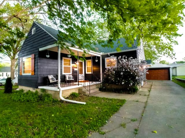 904 Catherine Street, Ottawa, IL 61350 (MLS #10384590) :: Berkshire Hathaway HomeServices Snyder Real Estate