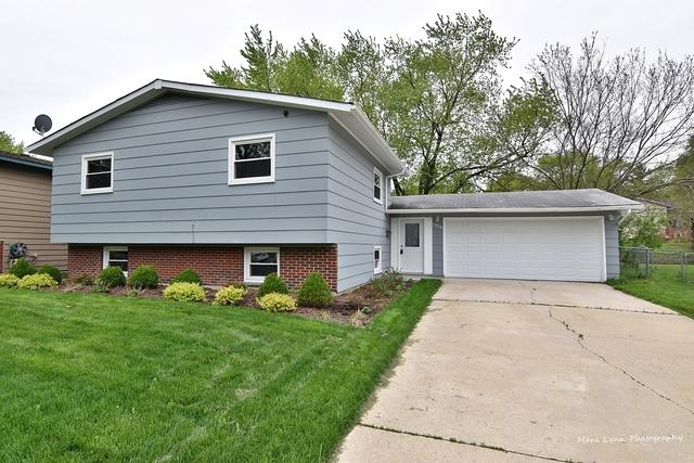 7078 Orchard Lane, Hanover Park, IL 60133 (MLS #10384651) :: Berkshire Hathaway HomeServices Snyder Real Estate