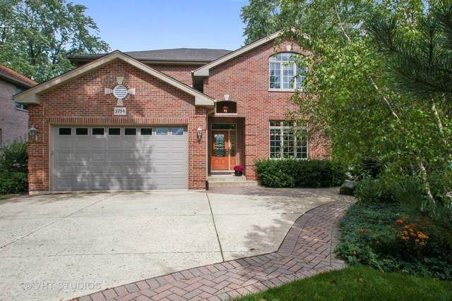 2734 Central Road, Glenview, IL 60025 (MLS #10384714) :: Berkshire Hathaway HomeServices Snyder Real Estate