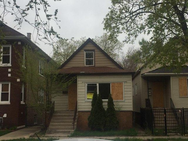 8231 S Saginaw Avenue, Chicago, IL 60617 (MLS #10384772) :: Berkshire Hathaway HomeServices Snyder Real Estate