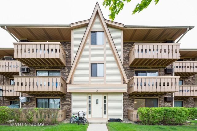 3 Parkside Court #4, Vernon Hills, IL 60061 (MLS #10384811) :: Helen Oliveri Real Estate