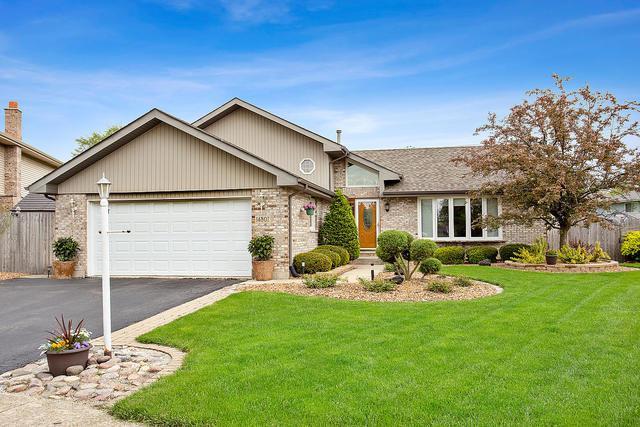 14807 Anne Court, Oak Forest, IL 60452 (MLS #10384933) :: Berkshire Hathaway HomeServices Snyder Real Estate