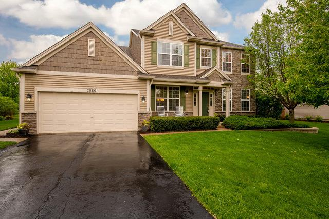 2880 Leonard Lane, North Aurora, IL 60542 (MLS #10385252) :: Lewke Partners