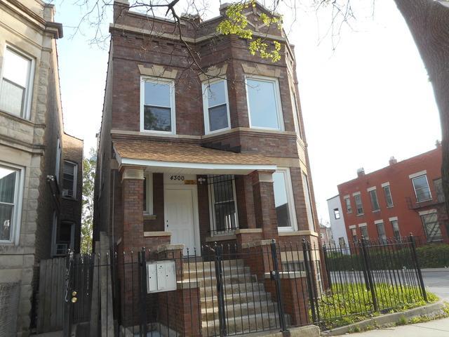 4300 W Wilcox Street, Chicago, IL 60624 (MLS #10385284) :: Lewke Partners