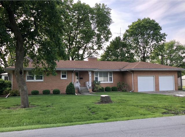 150 S Cherry Street, Paxton, IL 60957 (MLS #10385393) :: Ryan Dallas Real Estate