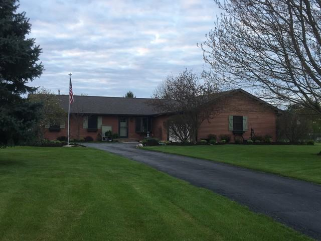 8206 Penny Lane, Richmond, IL 60071 (MLS #10385402) :: Berkshire Hathaway HomeServices Snyder Real Estate