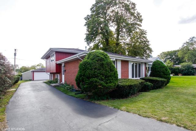 7009 W 113th Street, Worth, IL 60482 (MLS #10385478) :: Berkshire Hathaway HomeServices Snyder Real Estate