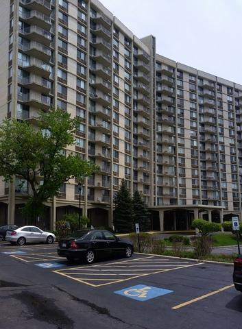 40 N Tower Road 4E, Oak Brook, IL 60523 (MLS #10385507) :: Berkshire Hathaway HomeServices Snyder Real Estate