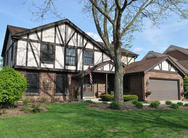 2631 N Haddow Avenue, Arlington Heights, IL 60004 (MLS #10385513) :: Berkshire Hathaway HomeServices Snyder Real Estate