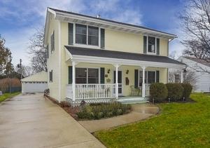 310 N Owen Street, Mount Prospect, IL 60056 (MLS #10385679) :: Berkshire Hathaway HomeServices Snyder Real Estate