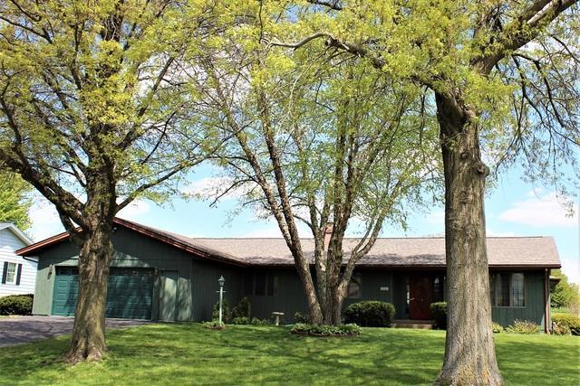 2006 Terrace Lane, Morrison, IL 61270 (MLS #10385737) :: Berkshire Hathaway HomeServices Snyder Real Estate