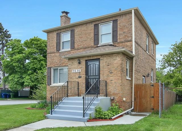 9656 S Maplewood Avenue, Evergreen Park, IL 60805 (MLS #10385794) :: Berkshire Hathaway HomeServices Snyder Real Estate