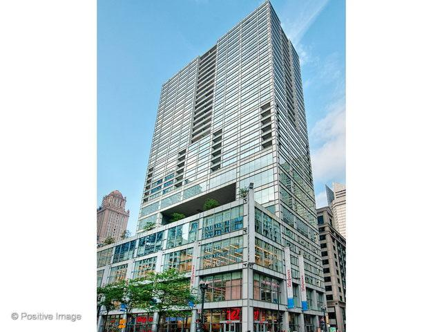 8 E Randolph Street #23, Chicago, IL 60601 (MLS #10385798) :: Berkshire Hathaway HomeServices Snyder Real Estate