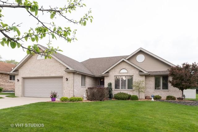 5222 Kathleen Court, Oak Forest, IL 60452 (MLS #10385810) :: Berkshire Hathaway HomeServices Snyder Real Estate