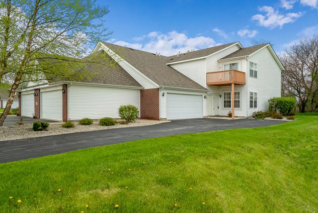 558 Mosaic Lane C, Roscoe, IL 61073 (MLS #10385865) :: Ryan Dallas Real Estate