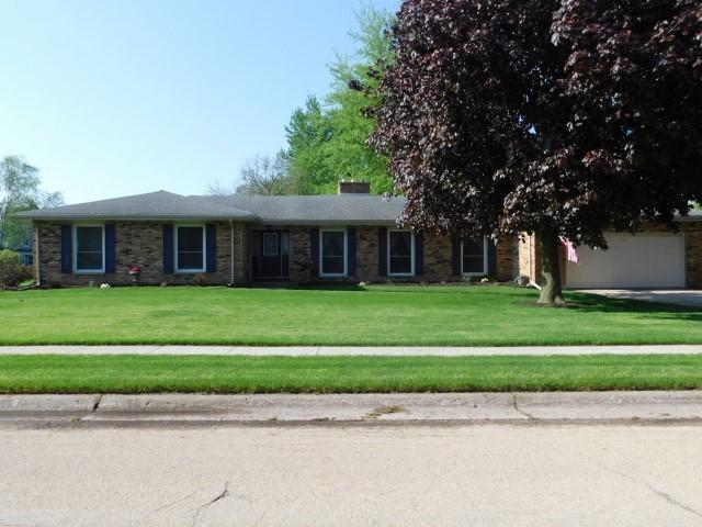 104 E Mcconaughy Avenue, Rochelle, IL 61068 (MLS #10385915) :: Berkshire Hathaway HomeServices Snyder Real Estate