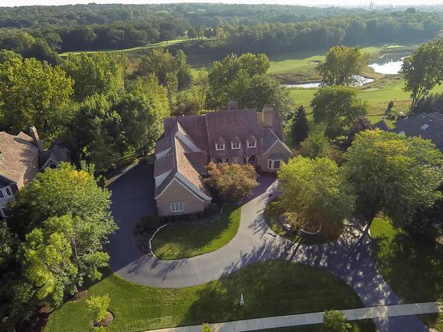 929 Fox Glen Drive, St. Charles, IL 60174 (MLS #10385925) :: Berkshire Hathaway HomeServices Snyder Real Estate