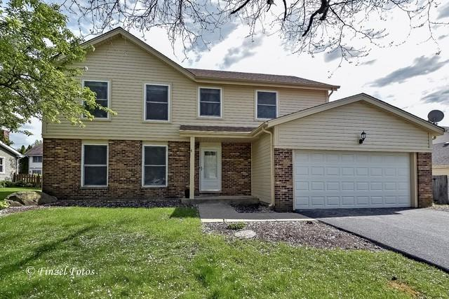 649 N Brentwood Drive, Crystal Lake, IL 60014 (MLS #10386002) :: Berkshire Hathaway HomeServices Snyder Real Estate