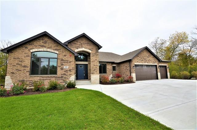 275 E Nerge Road, Roselle, IL 60172 (MLS #10386067) :: Berkshire Hathaway HomeServices Snyder Real Estate