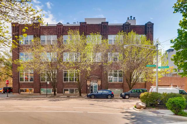 2201 W Wabansia Avenue #22, Chicago, IL 60647 (MLS #10386181) :: Berkshire Hathaway HomeServices Snyder Real Estate