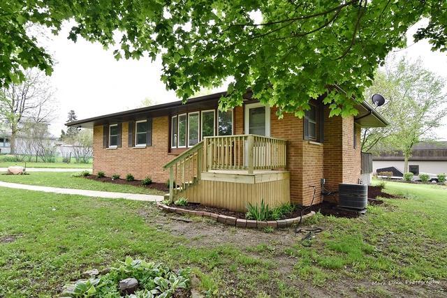 34W953 Chillem Drive, Batavia, IL 60510 (MLS #10386524) :: Century 21 Affiliated