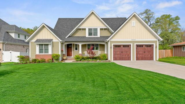 5540 S Stough Street, Hinsdale, IL 60521 (MLS #10386644) :: Berkshire Hathaway HomeServices Snyder Real Estate