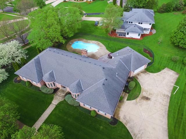 2262 Tanglewood Lane, Rockford, IL 61114 (MLS #10386709) :: HomesForSale123.com