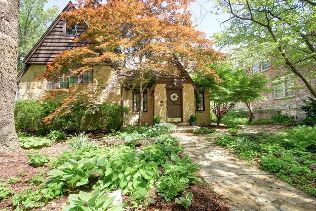 612 W Vermont Avenue, Urbana, IL 61801 (MLS #10386806) :: Berkshire Hathaway HomeServices Snyder Real Estate