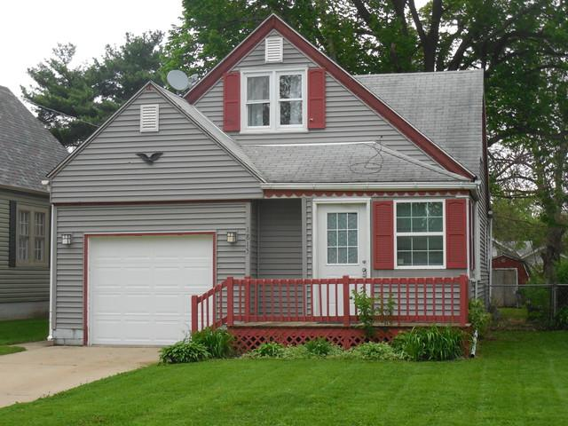 1815 Carney Avenue, Rockford, IL 61103 (MLS #10386846) :: HomesForSale123.com
