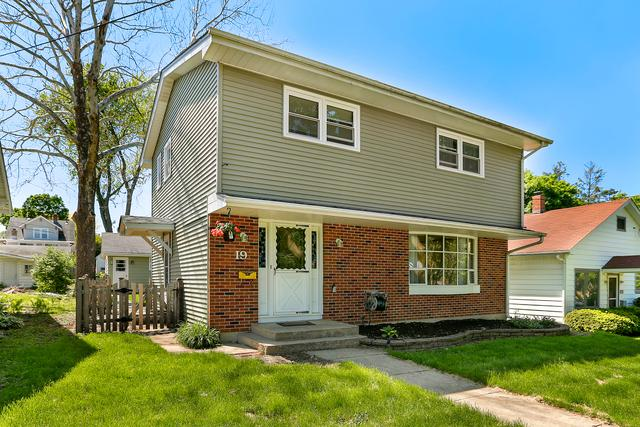 19 S 11th Street, St. Charles, IL 60174 (MLS #10387021) :: Berkshire Hathaway HomeServices Snyder Real Estate