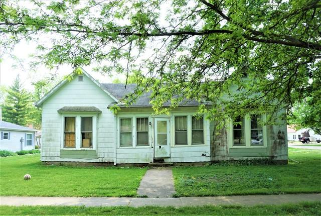 201 3rd Street, IVESDALE, IL 61851 (MLS #10387076) :: Berkshire Hathaway HomeServices Snyder Real Estate