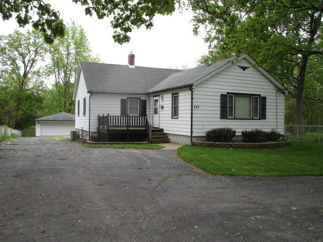 437 E 158th Street, South Holland, IL 60473 (MLS #10387189) :: Berkshire Hathaway HomeServices Snyder Real Estate