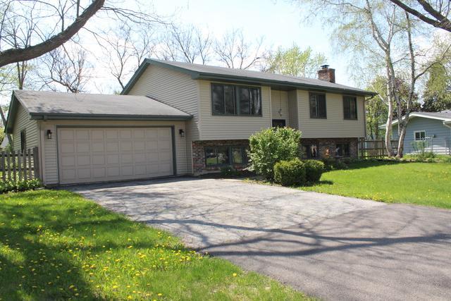 520 N Beck Road, Lindenhurst, IL 60046 (MLS #10387329) :: Berkshire Hathaway HomeServices Snyder Real Estate