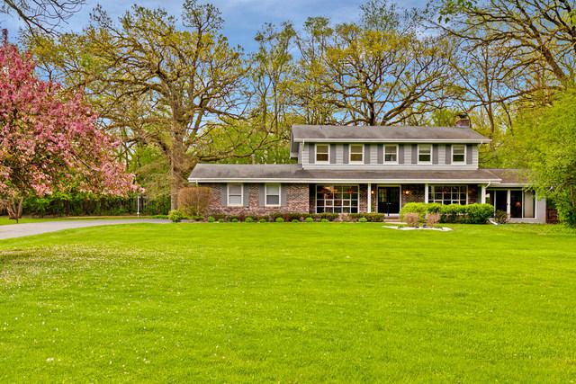 101 W Woodland Drive, Lake Barrington, IL 60010 (MLS #10387437) :: Ryan Dallas Real Estate