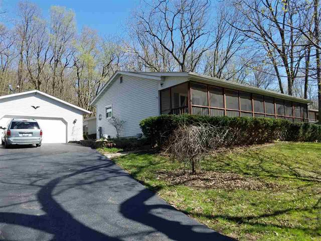 371 N Daysville Road, Oregon, IL 61061 (MLS #10387476) :: Berkshire Hathaway HomeServices Snyder Real Estate