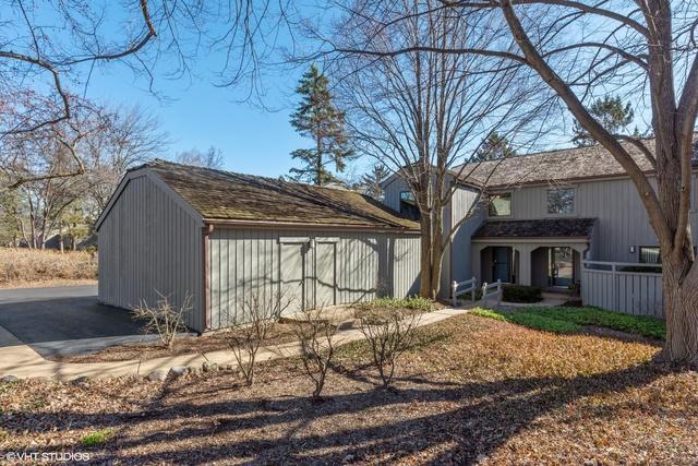 431 N Shoreline Road, Lake Barrington, IL 60010 (MLS #10387507) :: Ryan Dallas Real Estate