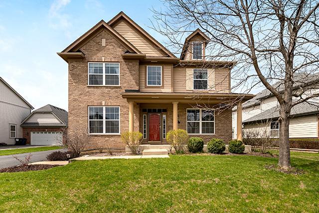 1678 N Woods Way, Vernon Hills, IL 60061 (MLS #10387594) :: Berkshire Hathaway HomeServices Snyder Real Estate