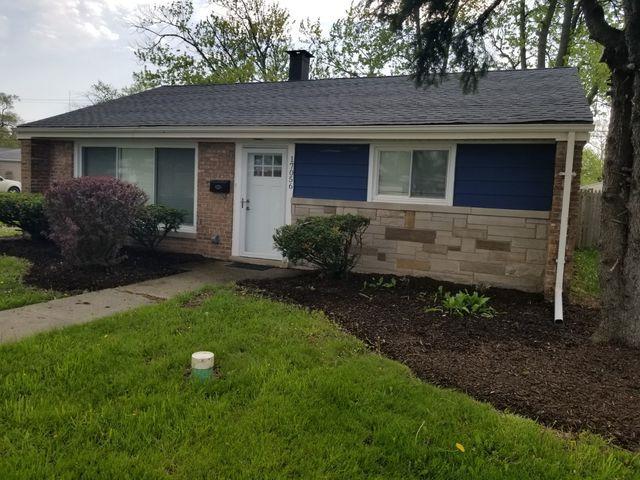 17056 Burnham Avenue, Lansing, IL 60438 (MLS #10387958) :: Century 21 Affiliated